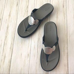 Crocs Womens Sanrah Embellished Flip Wedge Sandal